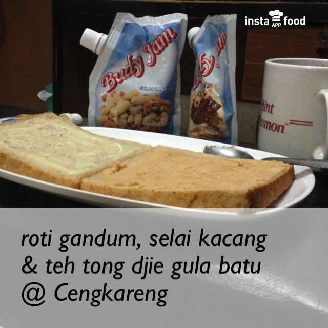 roti gandum + selai kacang