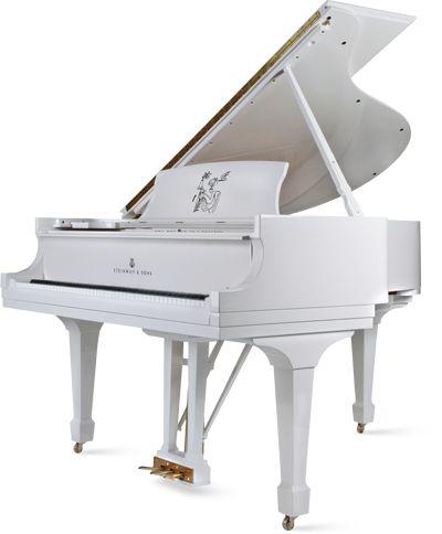 Yoko Ono's birthday steinway from John Lennon in 1971. I love white pianos! #piano