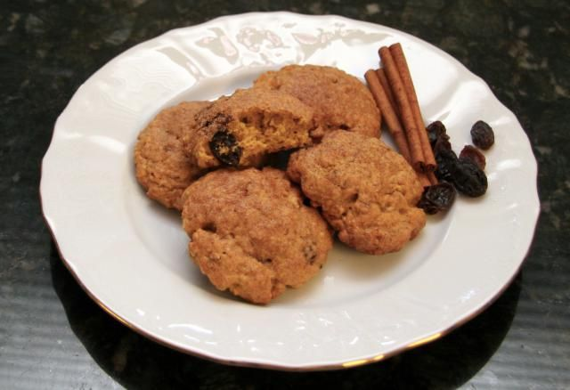 These top-rated pumpkin oatmeal cookies are made with raisins or dried cranberries, along with your choice of chopped hazelnuts, pecans, or walnuts.