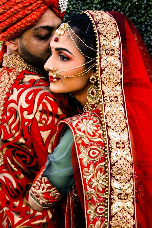 South Asian Hindu Wedding Indian Bride And Groom Indian Bride Indian Wedding