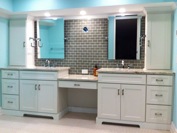 Phoenix Kitchen Gallery Features Dayton Painted White Shaker Cabinets Including