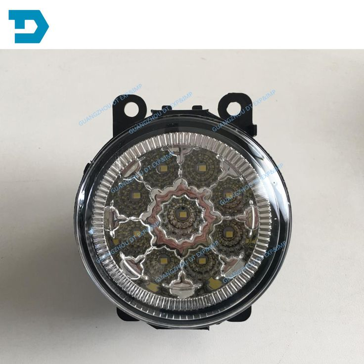 PAJERO V97  FOG LAMP WITH BULB 8321A144 6400A585 2007-2015  BUY LEFT AND RIGHT IF YOU NEED 1 PAIR