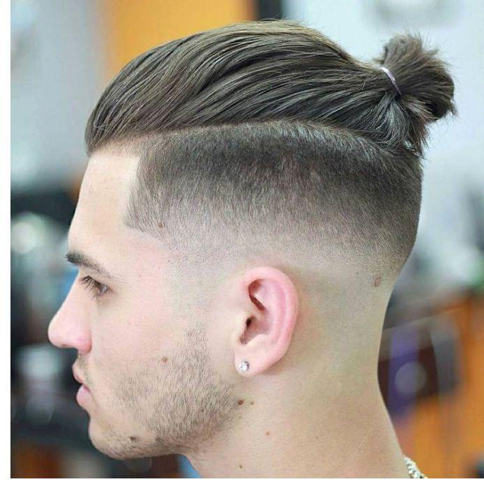 Tuto Couper Cheveux Homme Elegant Dgrad Amricain Homme Elegant Masculine Coiffure Concepts Man Bun Hairstyles Man Bun Haircut Mens Ponytail Hairstyles