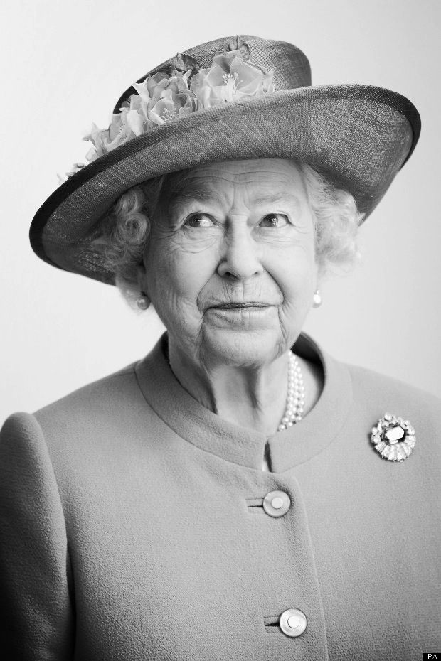 Like this photo   Queen Elizabeth II                                                                                                                                                      More