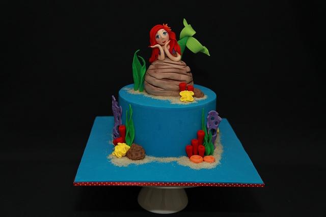 245 Best Little Mermaid Cakes Images On Pinterest