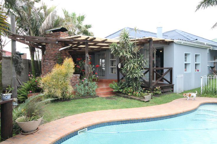ATTRACTIVE FAMILY HOME IN QUIET STREET! 3 Bedrooms | 1 Bathroom Price: R 1,350,000  Website Ref #: 87195  www.jawitz.co.za #houseforsale #house #home #eastlondon