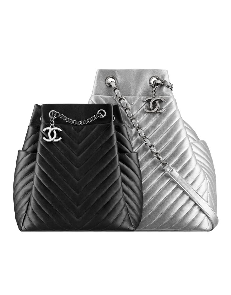 Drawstring bag, calfskin-black - CHANEL