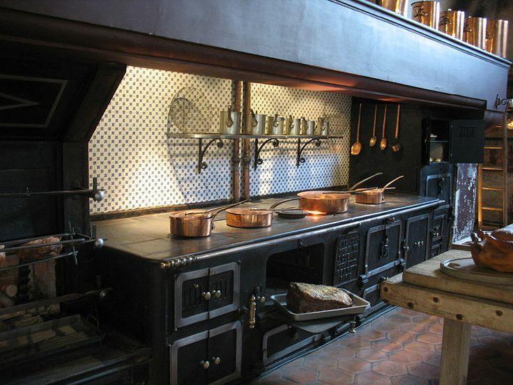 ch teau de vaux le vicomte cuisine fourneaux chateaux de france pinterest chateau de. Black Bedroom Furniture Sets. Home Design Ideas