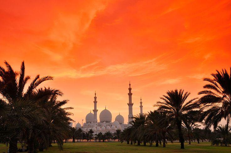 Большая мечеть шейха Зайда, Абу-Даби, ОАЭ, Ближний Восток
