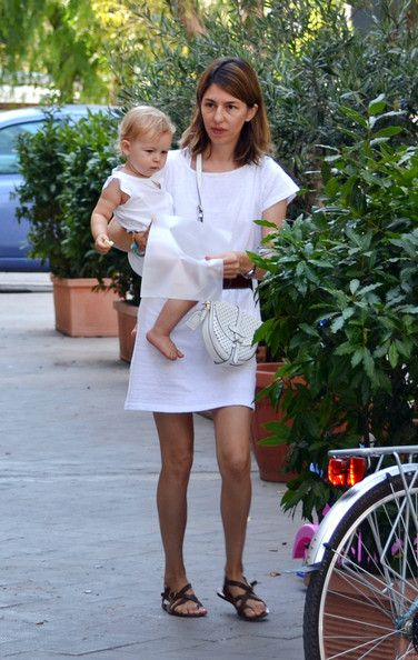 Sofia Coppola - Sofia Coppola and Daughter Cosima in Italy