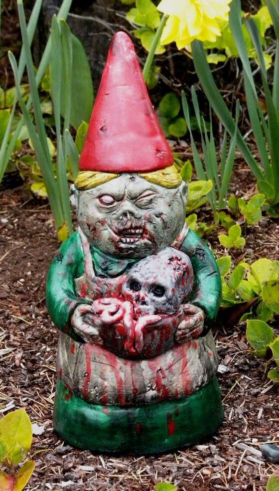 ZOMBIE GARDEN GNOME Mrs Dead: Stuff, Garden Gnomes, Front Yard, Zombie Gnomes, Garden Zombie, Gardens, Zombies