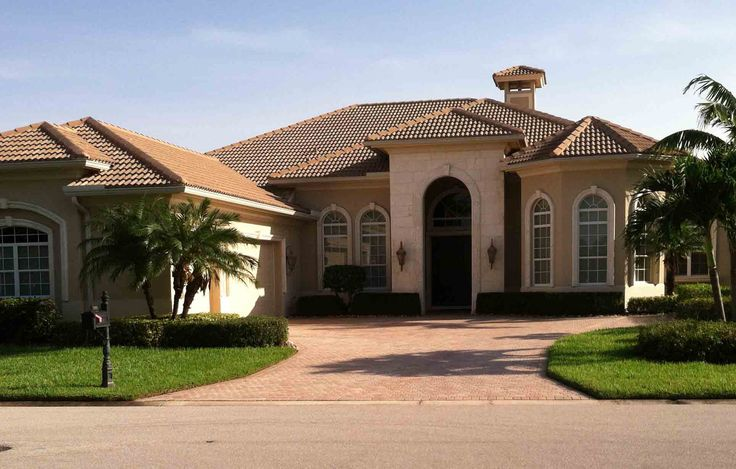 For real estate buyers and investors – it is a win-win situation always with Condosforsaleinnaplesflorida.Com. For an effective, prompt and hassle-free search for Homes for Sale in Naples Florida, get in touch with the team here.