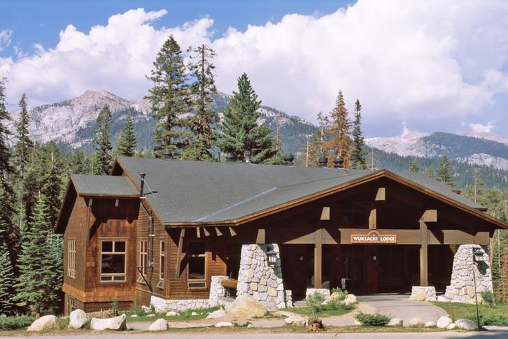 What You Need to Know About Lodging at Sequoia and Kings Canyon NP