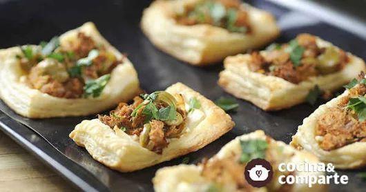 Tostaditas de hojaldre con atún y queso al estilo de Sonia Ortiz por Cocina al natural