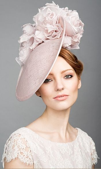 Rachel Trevor Morgan, S/S 2015. Soft pink fine straw disc with soft silk flowers. #passion4hats