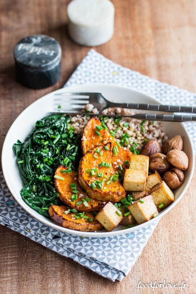 Assiette Complète d'Automne: Butternut, Épinards, Sarrasin, Châtaignes et Tofu Fumé - Food for Love