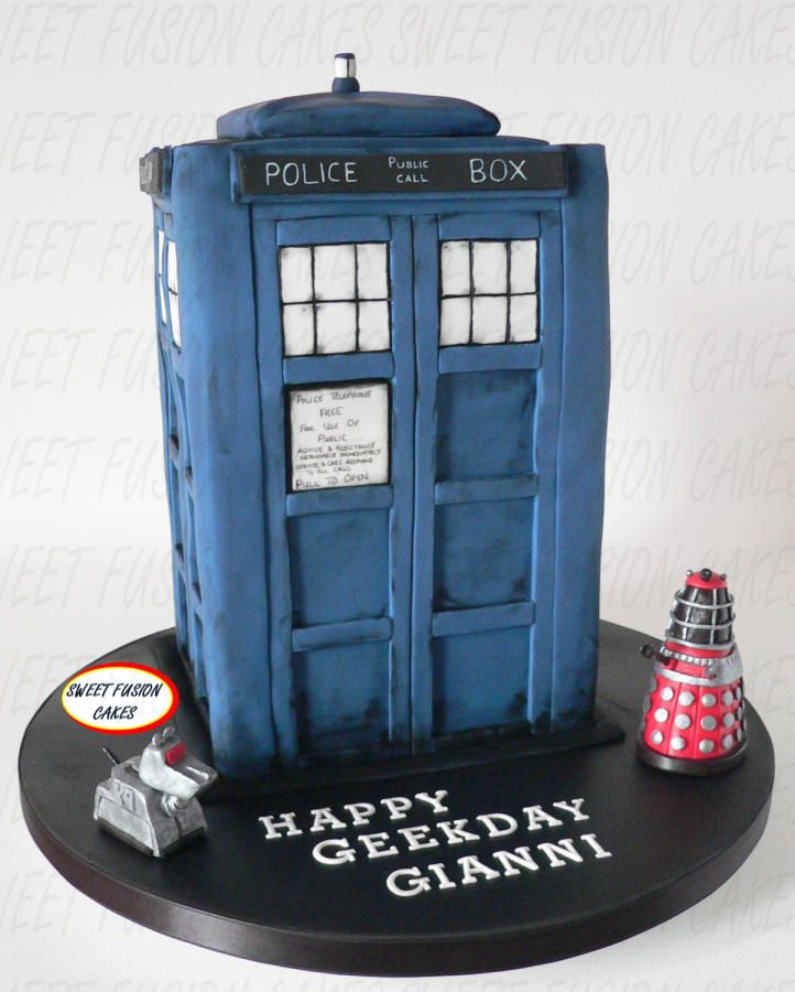 144 best Doctor Who Cakes images on Pinterest Desserts Cakes