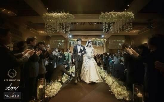 Happy wedding,Sungmin. Be happy and congrats! ;D