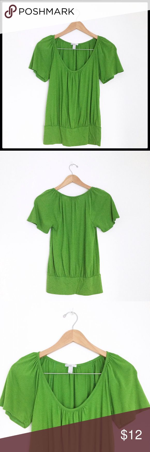 Old Navy Short Sleeve Top Beautiful bright green short sleeve peasant style top from Old Navy! Great condition! Old Navy Tops Tees - Short Sleeve