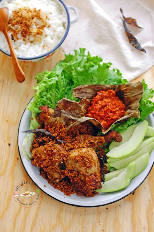 Recipe fried chicken with crunchy flakes