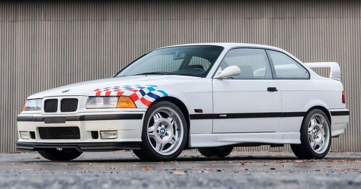 1995 BMW M3 Lightweight Would Make One M-Thusiast Very Happy #BMW #BMW_M3