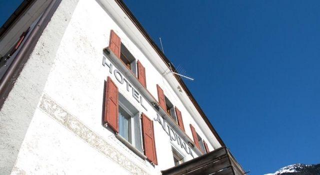 Hotel Alpina Zernez - 3 Sterne #Hotel - CHF 116 - #Hotels #Schweiz #Zernez http://www.justigo.ch/hotels/switzerland/zernez/alpina-zernez_734.html