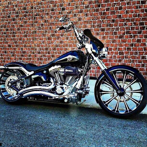 Harley-Davidson custom Breakout