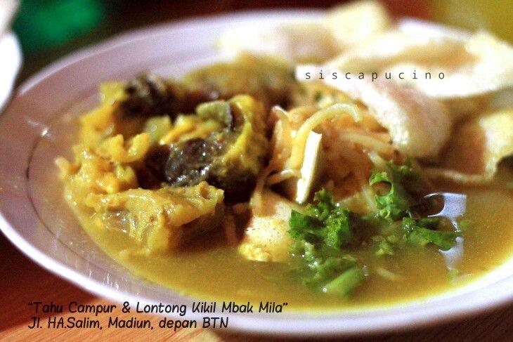 "Indonesian food style ""tahu campur"" lamongan"