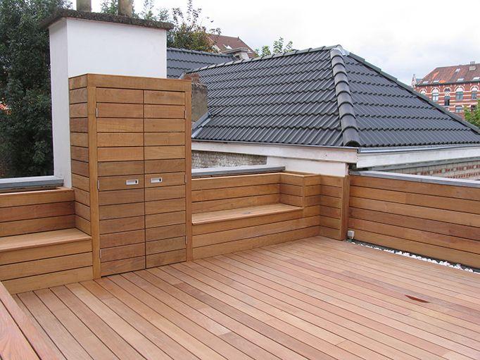 Intégrer des bancs et une armoire dans sa terrasse en bois deck wood Happax