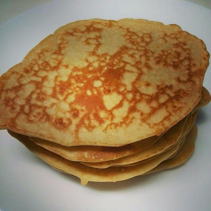 米粉のパンケーキ。rice flour pancake.