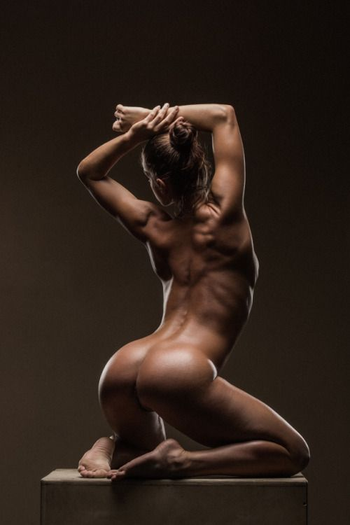 nude women and fitness