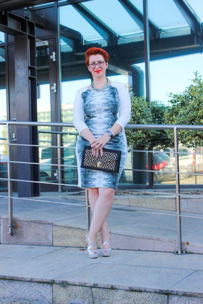 #Whitedress & #snakeprint on a #plussize outfit via flaviabucerzan.ro