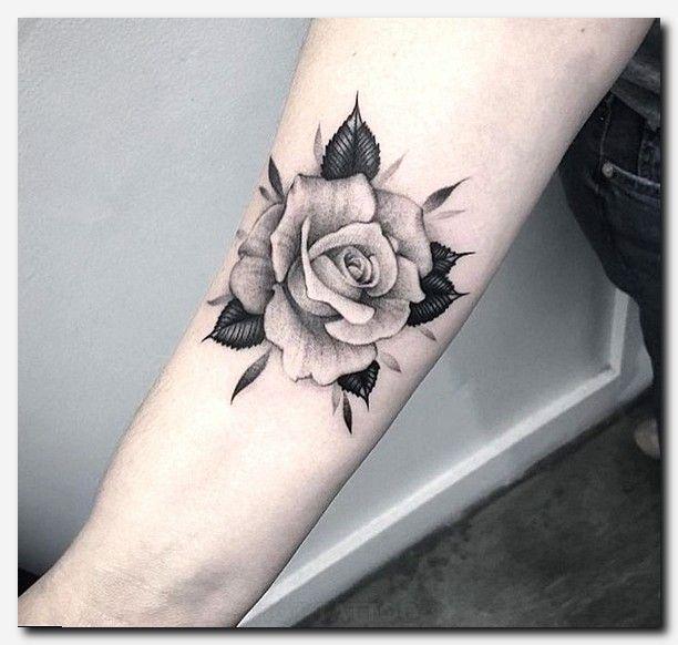 Rosetattoo Tattoo Mother Son Celtic Knot Tattoo Design Websites Sun Tattoo Art Flower Tattoos For Fema Idee Per Tatuaggi Tatuaggi Polso Rosa Tatuaggi Rosa