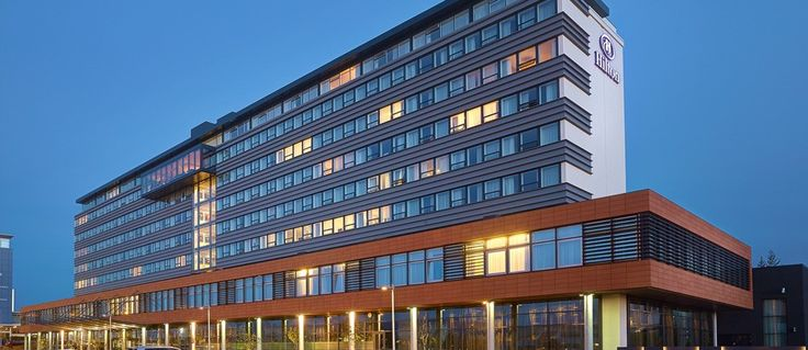 Hilton Reykjavik Nordica - Exterior