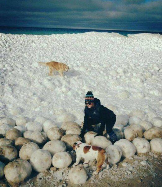 Озеро Мичиган, ледяные шары
