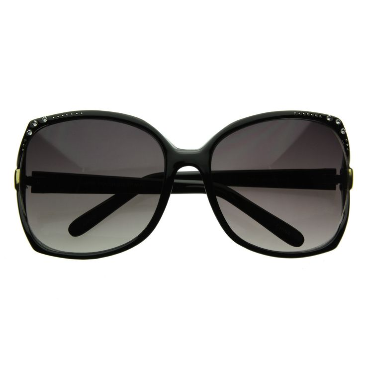 Jackie O sunglasses -- completes the diva in me