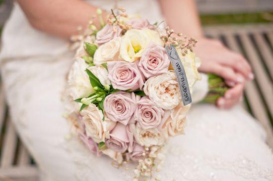 Sigourney and Andrew's Vintage Inspired Australian Wedding