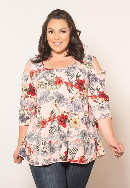 f30eb69fb8c4d Bare a bit of shoulder in this boho-chic top. Super detailed