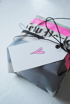 New York Post giftwrapping