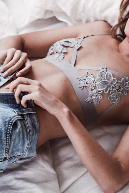 Beautiful bralette 🌞 #bralette #lace