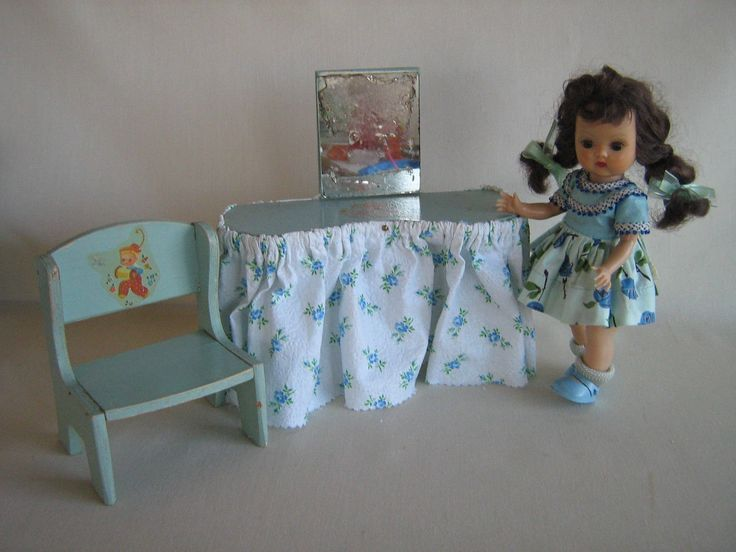 "RARE 50's Madame  Alexander ""Start-A-Home-For Alexanderkins"" GREYHOUSE CREATIONS- Vanity and Chair -  Play Scale - 8"" to 10"" Dolls"