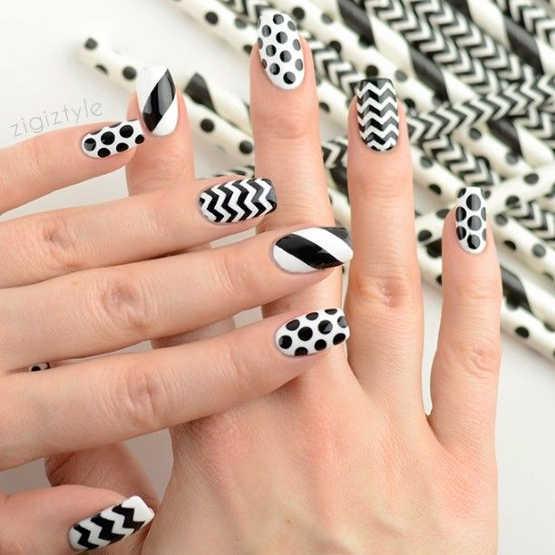 31 day nail art challenge, day 7: Black & white nails. I took an inspiration from the super cute paper straws