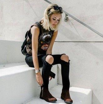 top rock black ripped jeans black jeans skinny jeans skinny ripped jeans muscle tee ankle boots sarah snyder
