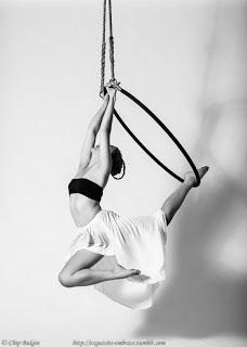 "Aerial Hoop: Poses directory - vol. 8 ""Hands and Legs Hangs"""