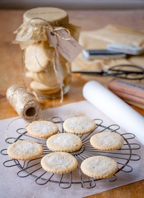 "Soetkoekies ... Traditional South African sweet biscuits/cookies made with fragrant nutmeg and cinnamon ... via this blog, The Food Fox""."