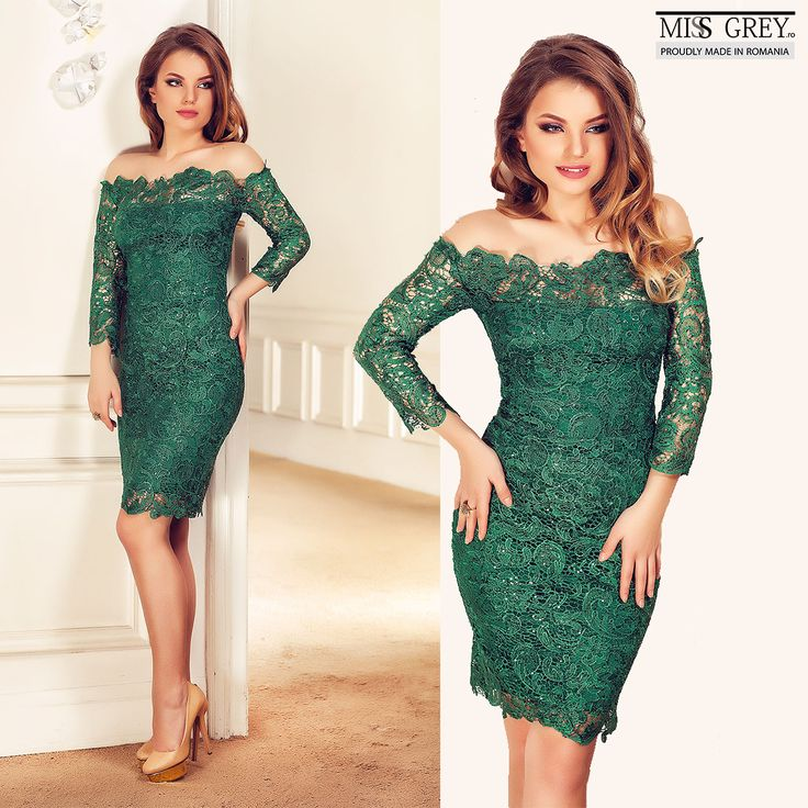 Stand out wearing the gorgeous emerald green Zaira dress that follows your body lines giving you a sensual look