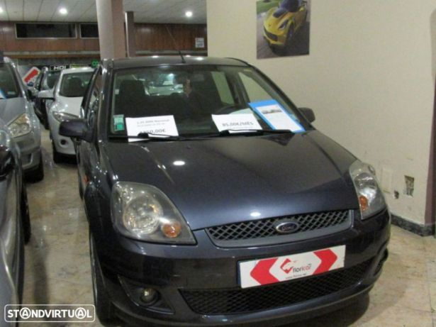 Ford Fiesta 1.25 Ghia preços usados