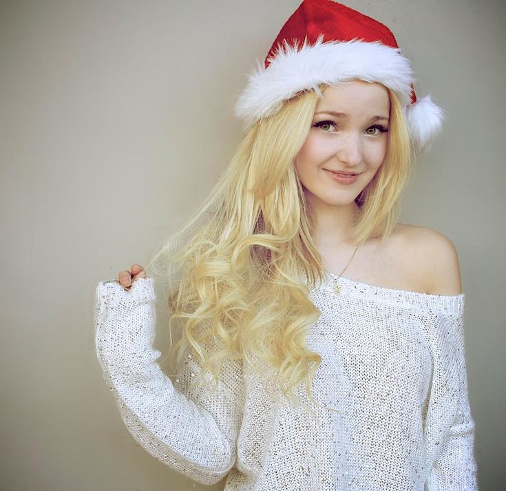 Dove Cameron Santa hat