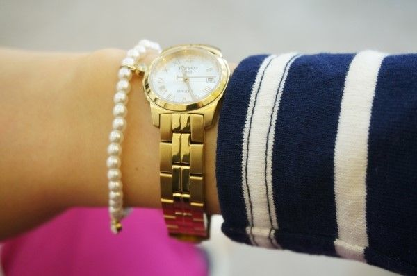 bold chain, tissot, pearl bracelet, striped tshirt, gold watch, metal, fashion, dailylook