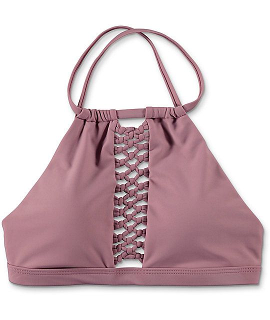 Add some texture to your beach look with the style of the Rose Mauve cage detail high neck bikini top from Damsel. This high neck bikini top features a cut out center panel on the front with knotted details and a criss cross adjustable thick strap for a c